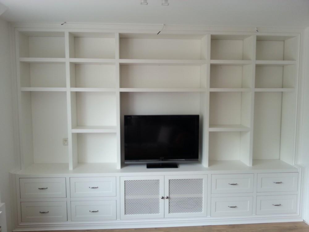 wandkast met tv meubel laden en deuren met verlichting