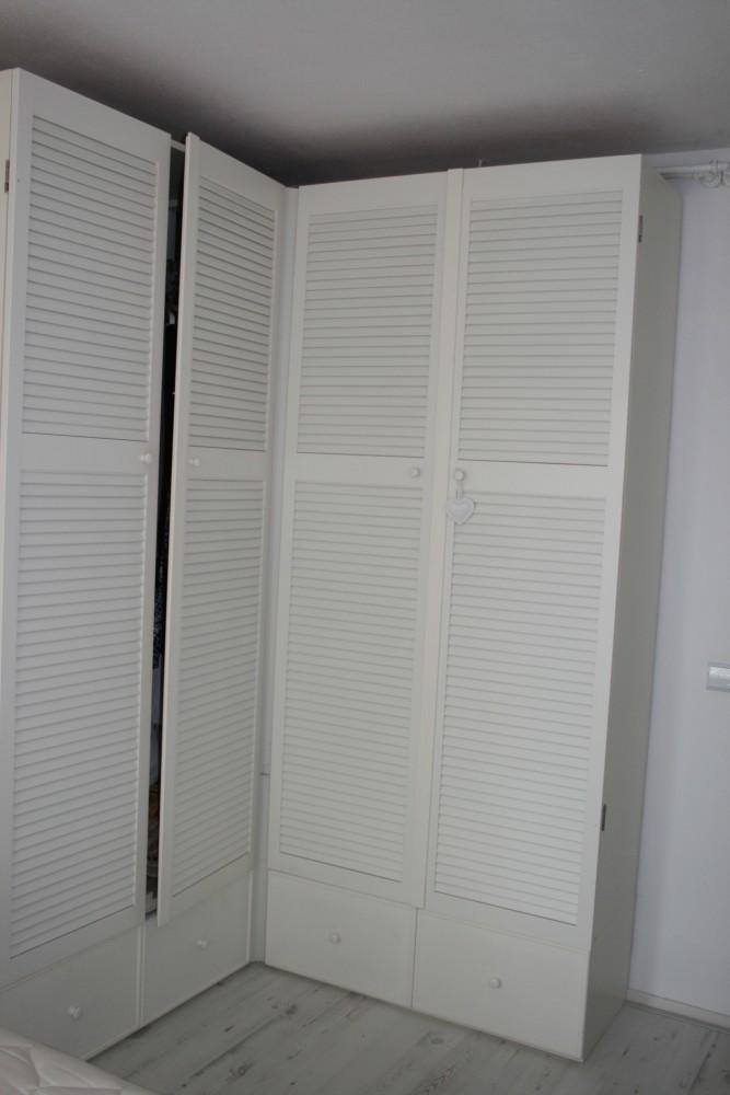 slaapkamer kast met louvredeuren | handmade interior, Deco ideeën