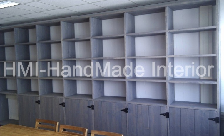 Antraciet steigerhout boekenkast