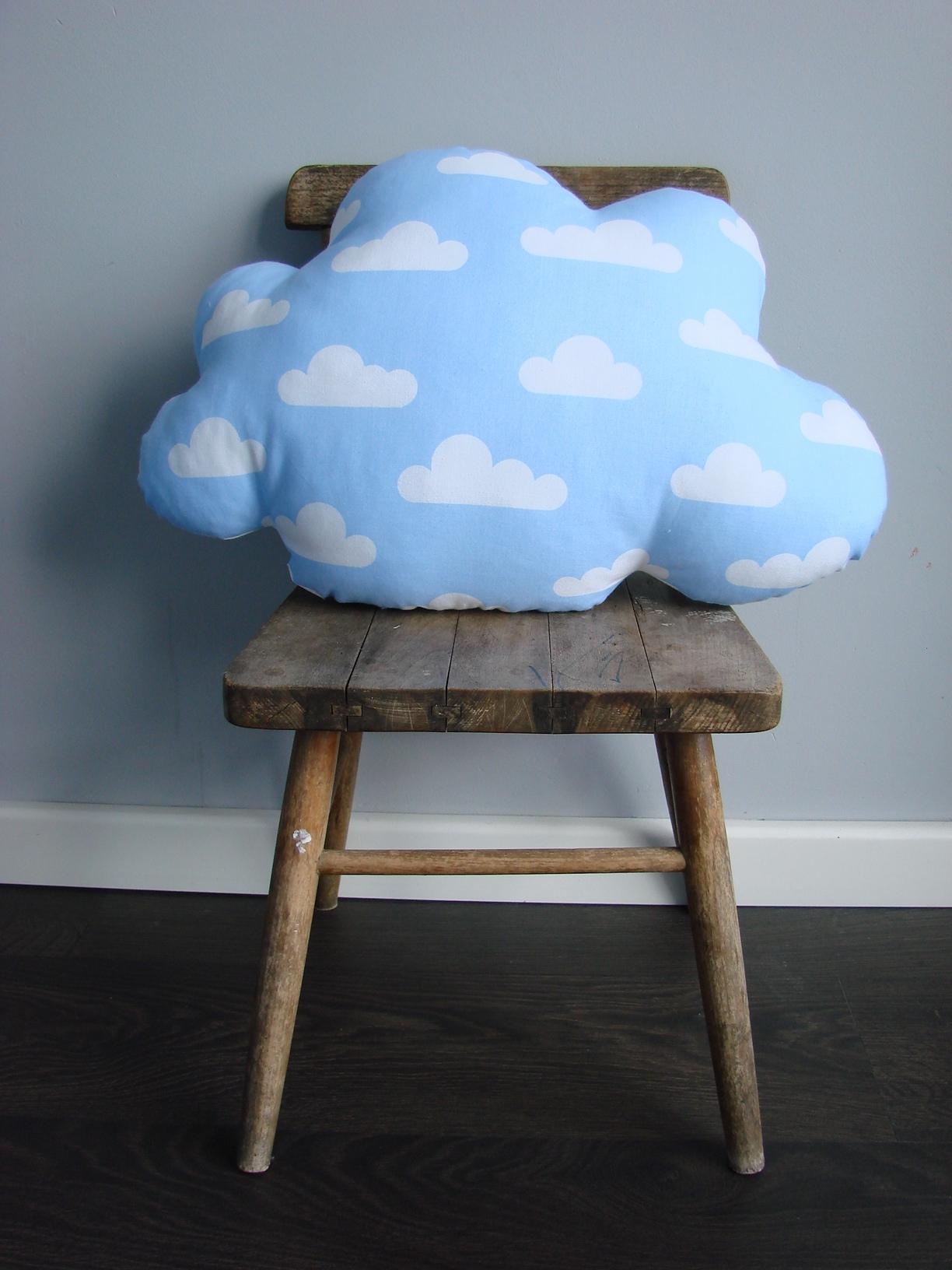 Blauw wolk kussen
