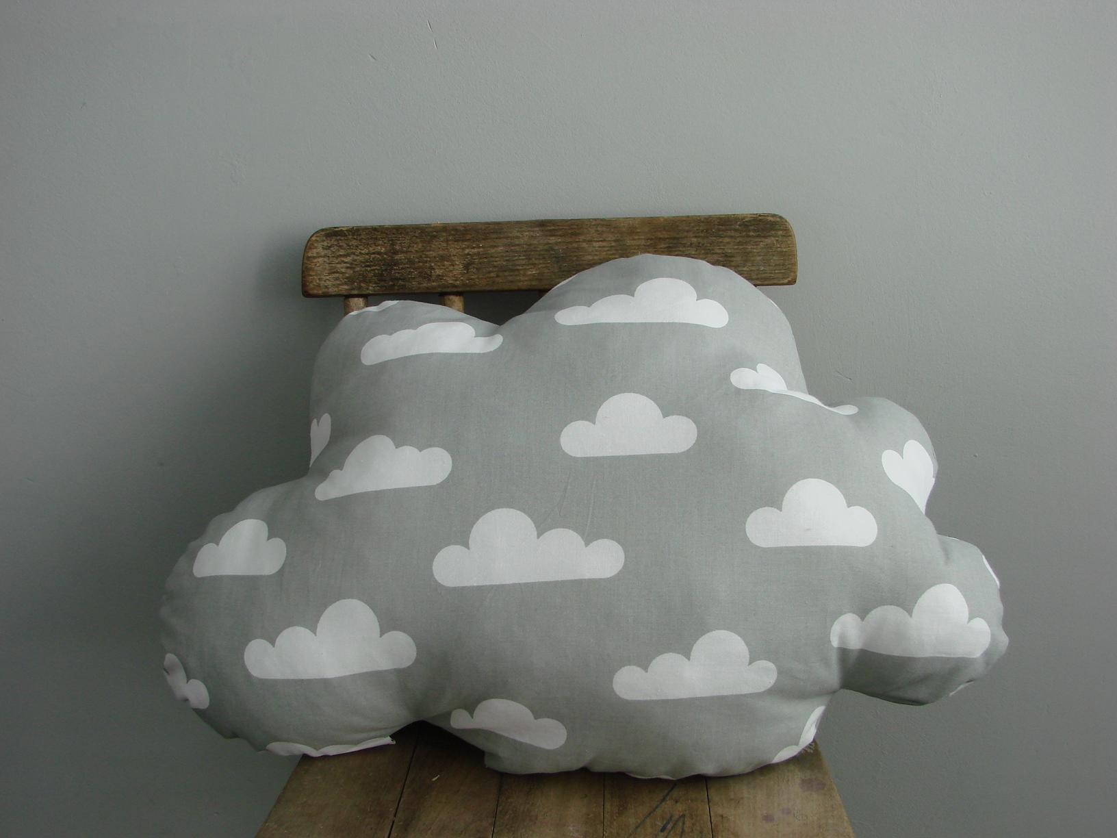Snoezig kussen, grijs wolk