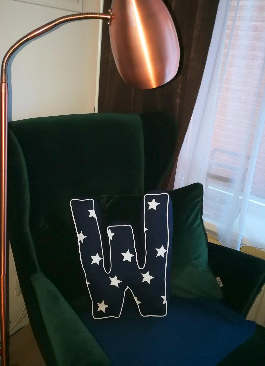marineblauw kussen met sterren
